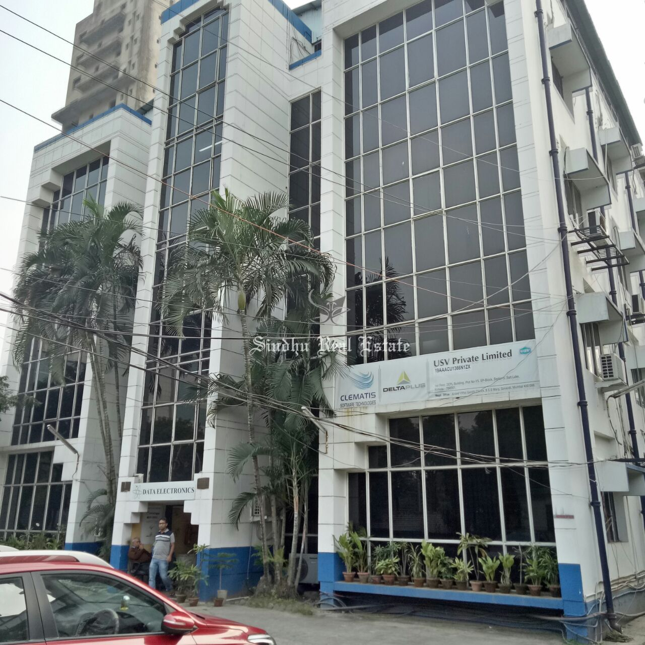 Large commercial office space for rent at salt lake sector V