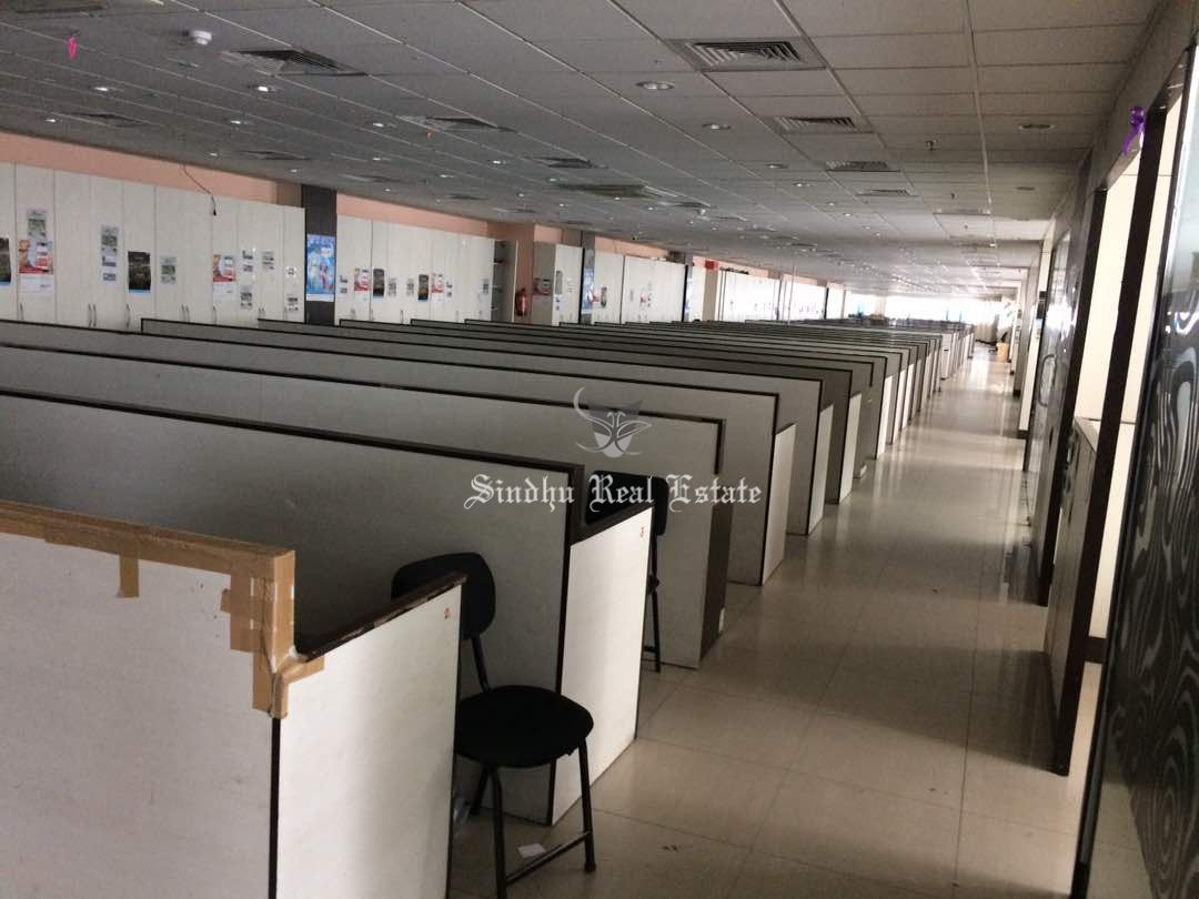A Best Commercial Office Space For Rent at Salt Lake Sector-v