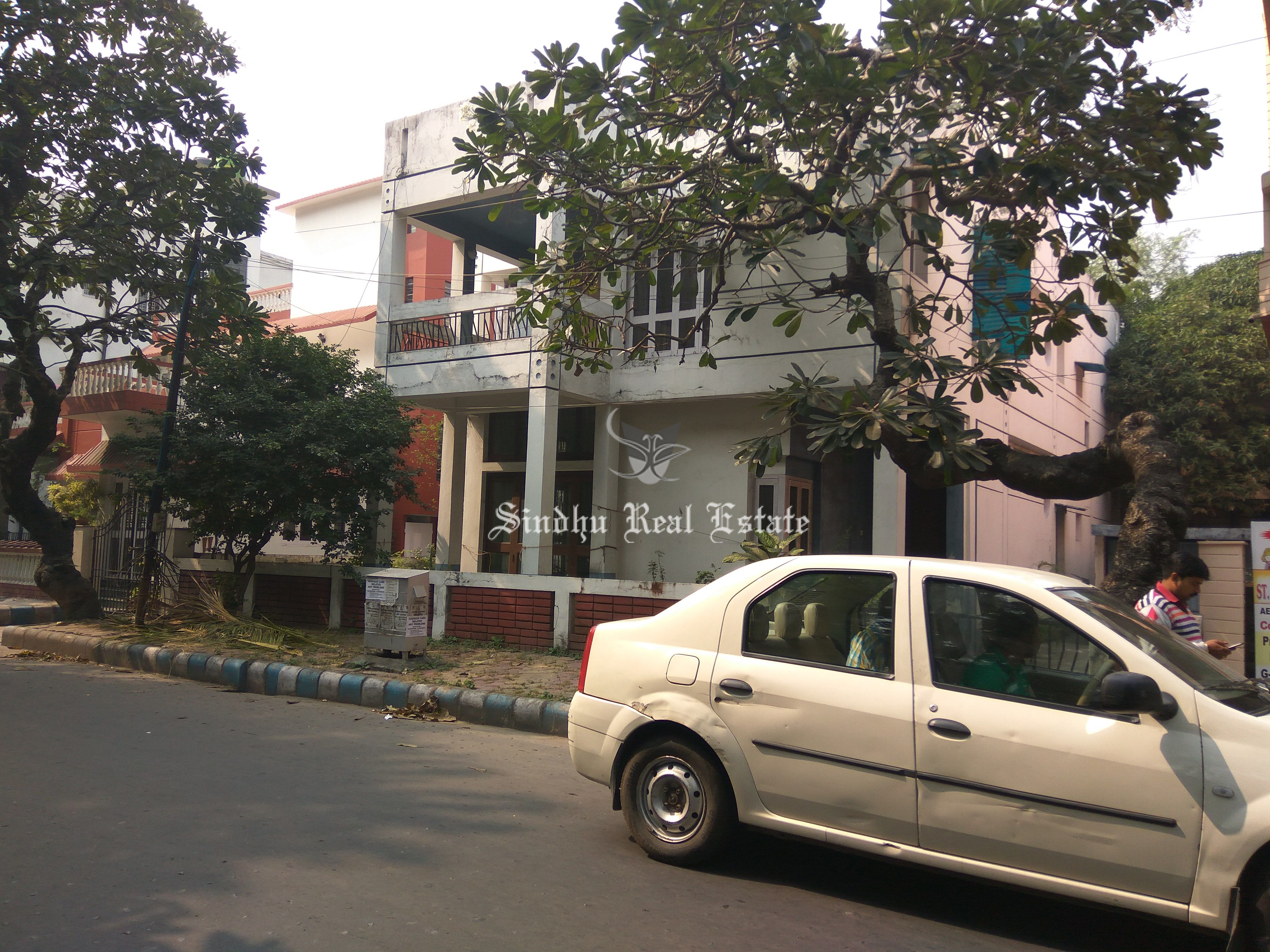 Attractive and Well-Designed Bungalow in Salt Lake Sector 5