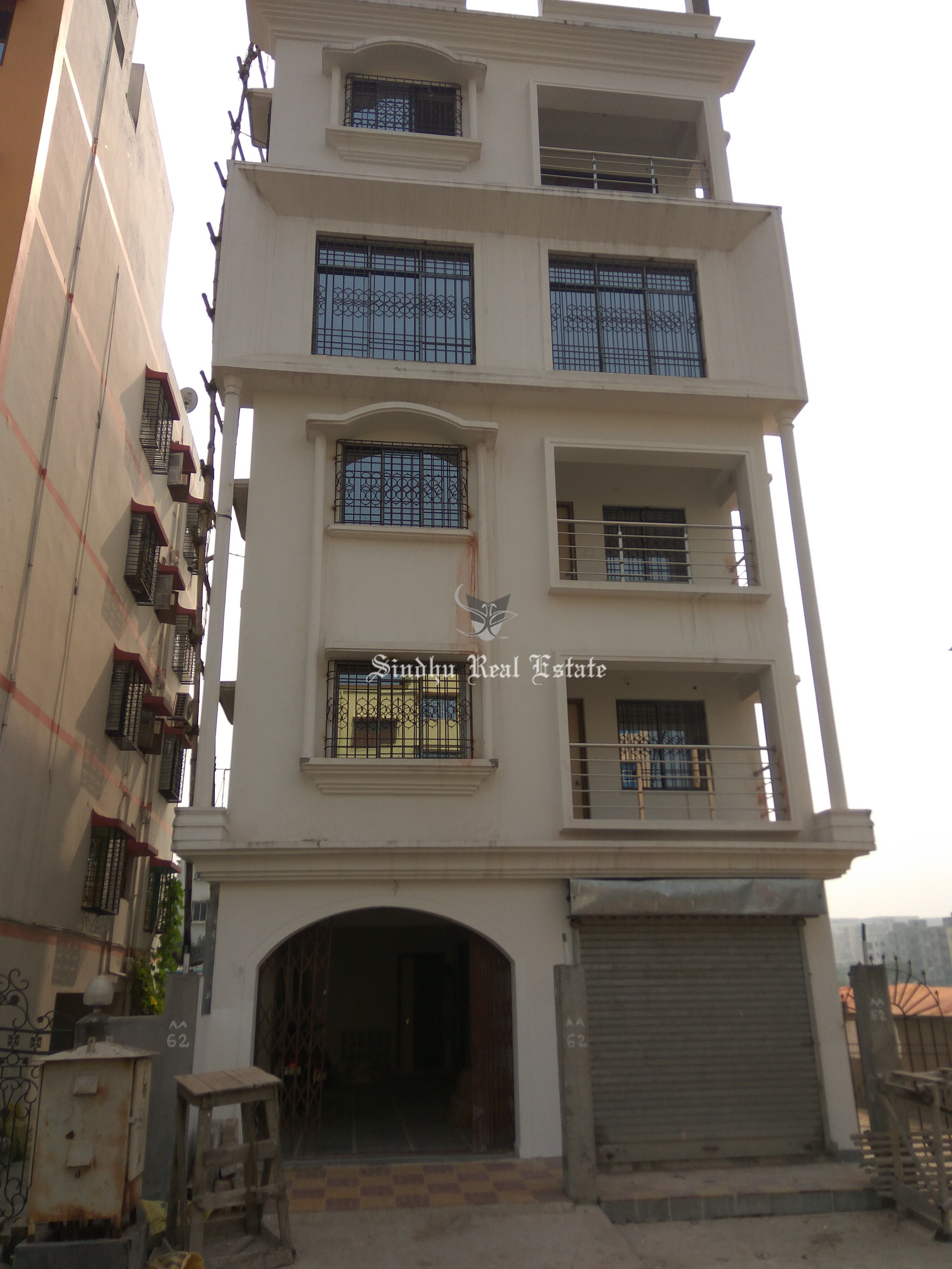 Well-Maintained Residential House Is Available in Salt Lake Sector V with A Convenient Range and All