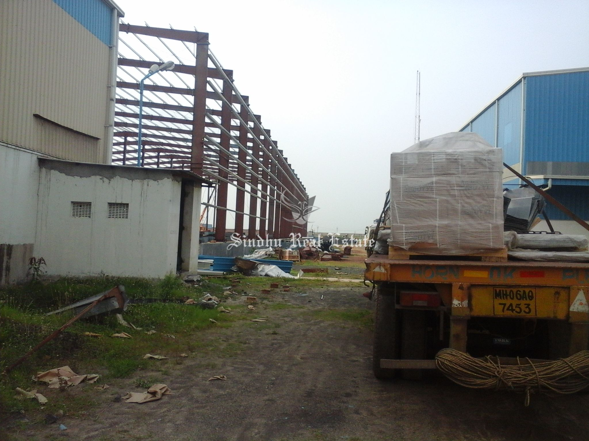 Attractive and Large Space Warehouse Are Available in Joka DH Road