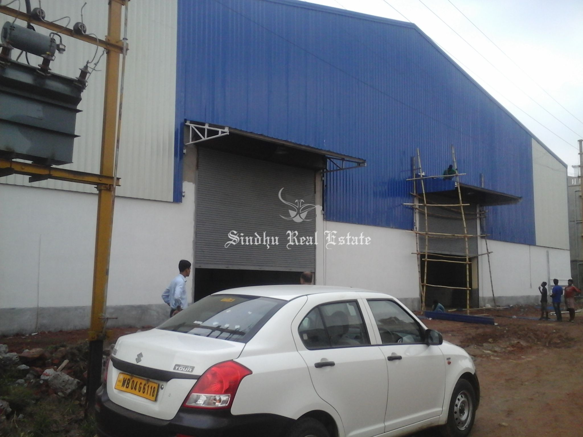 Well Maintained Warehouse Is Available in Bombay Road