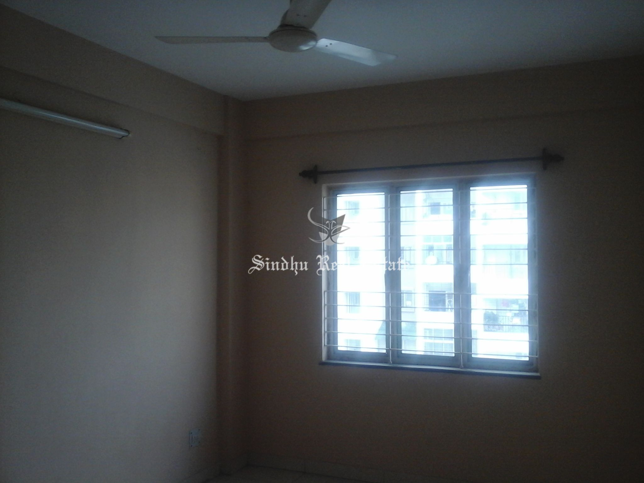 RESIDENTIAL FLAT FOR RENT IN SALT LAKE SECTOR 1