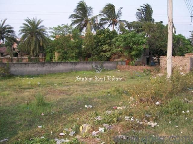 striking and well-maintained land for sale in Kolkata