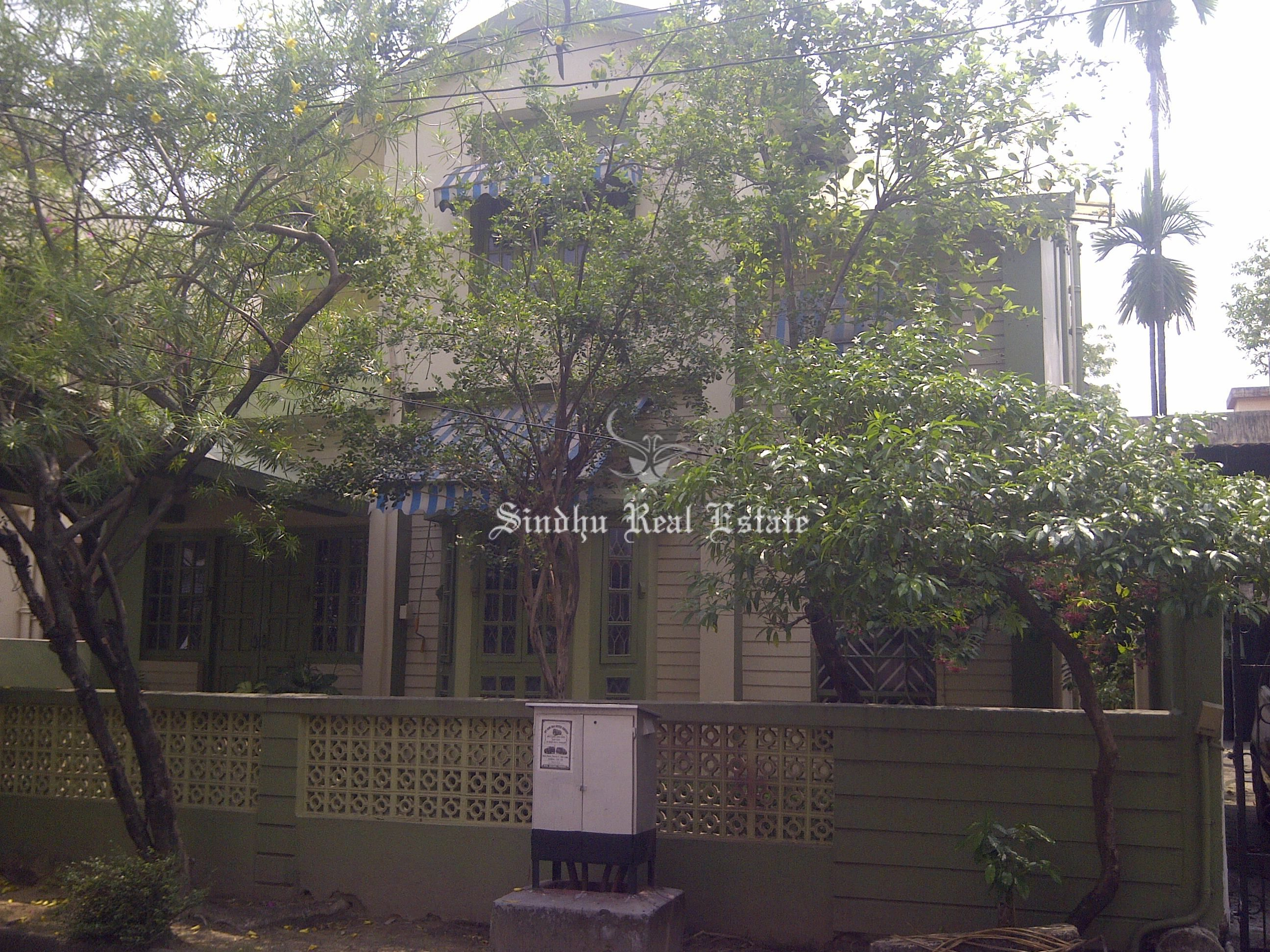 Attractive Bungalow for Sale in Salt Lake Sec 3 Kolkata