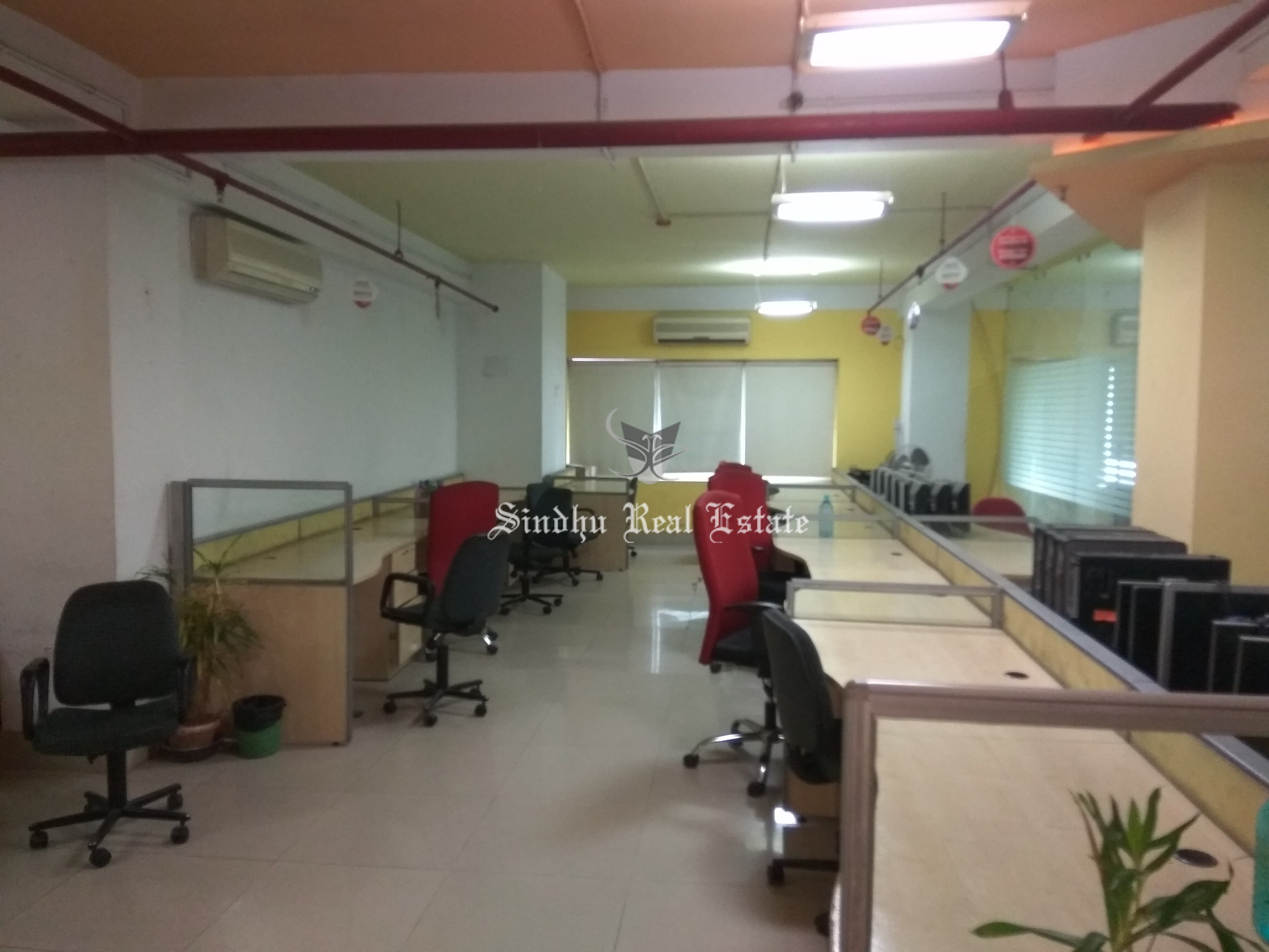 COMMERCIAL OFFICE SPACE FOR RENT IN SALT LAKE SECTOR 5