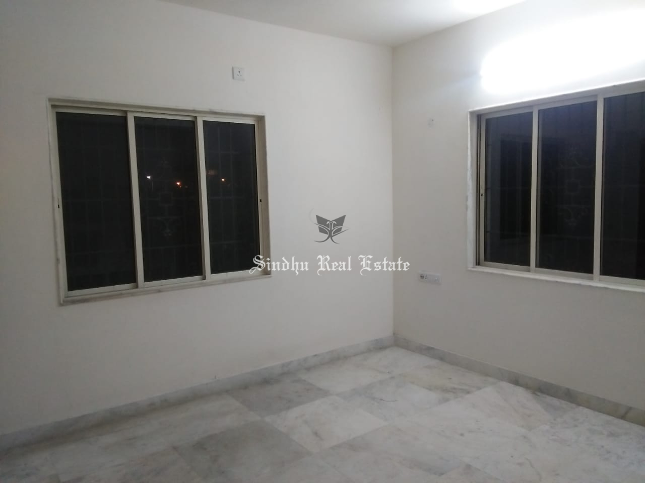 2 BHK semi furnished flat rent at Action area 1, New town
