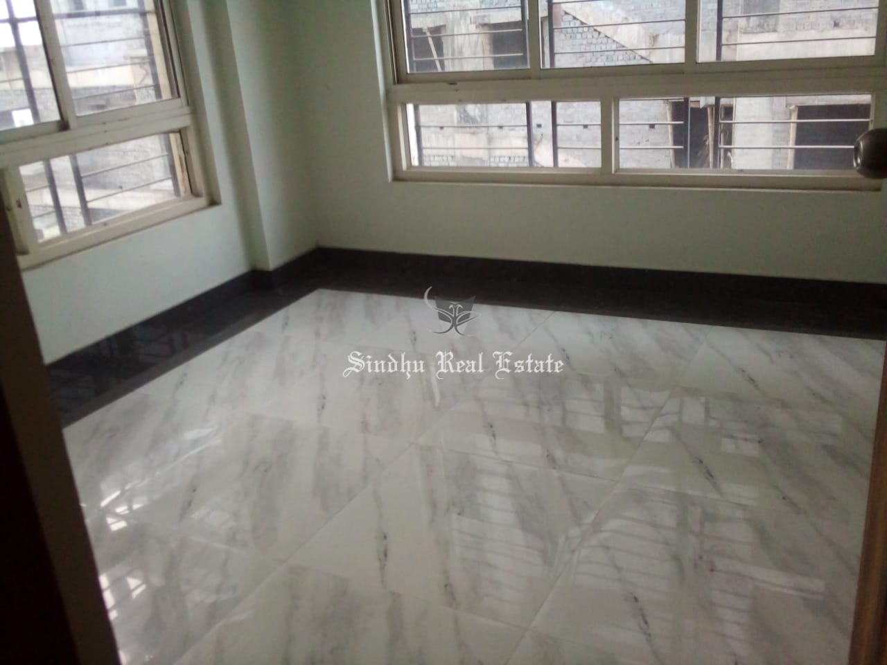 Rent 4 BHK flat at New town area