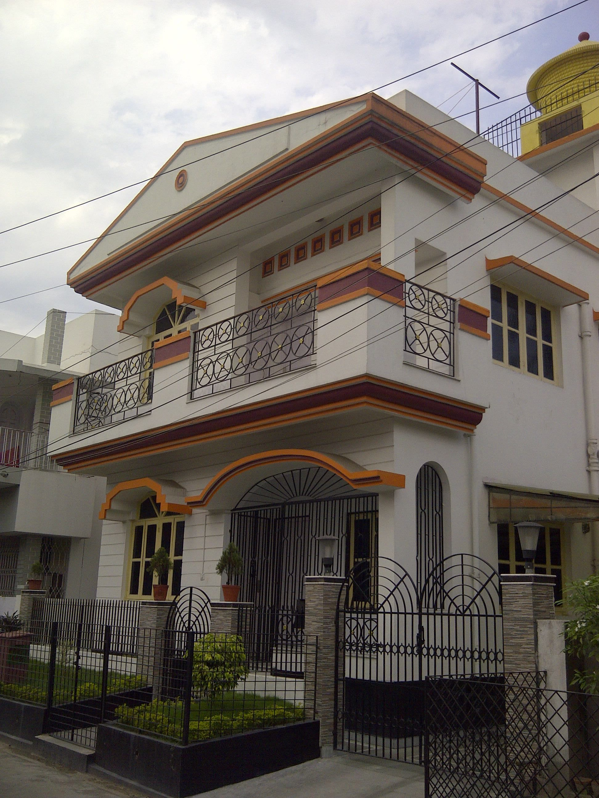 Sophisticated balcony design in kolkata gallery simple for Small house design in kolkata