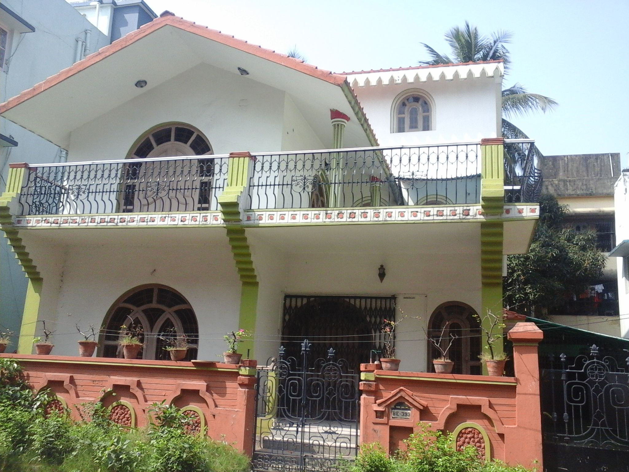 Comfortable villa in low price