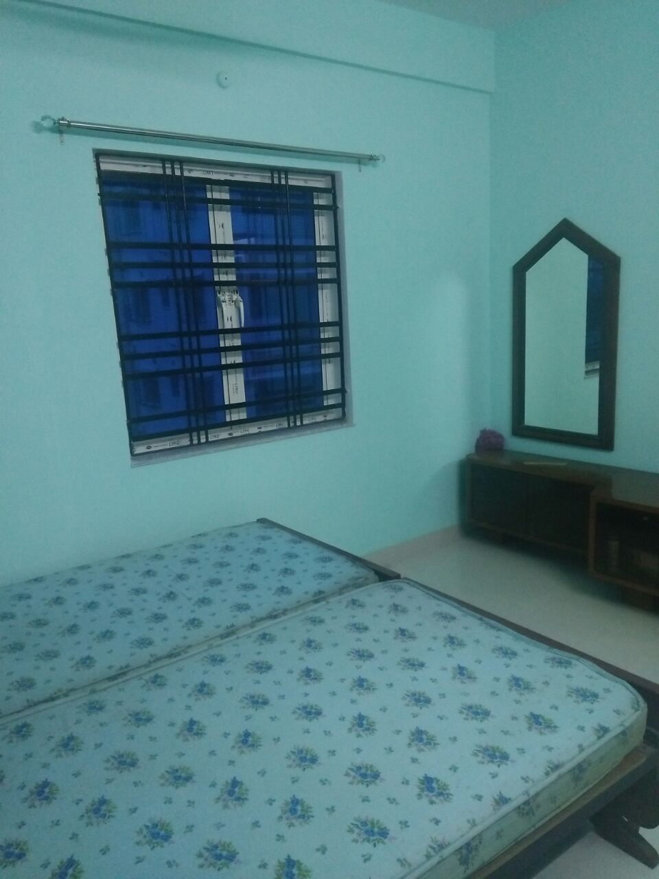2 BHK Residential House for Rent at Salt Lake Sector-3