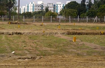 Commercial Land is Available For Sale at Kolkata
